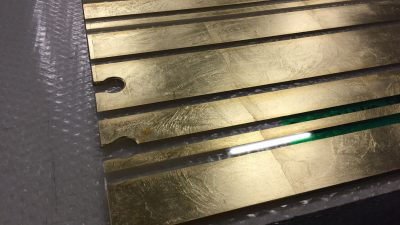 Decorazione vetri con foglia oro